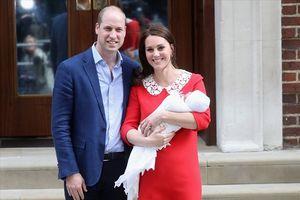 Công bố tên con trai mới sinh của Hoàng tử William và Công nương Catherine Middleton