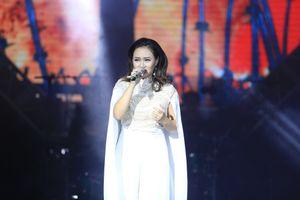 Khánh Linh khiến khán giả 'nổi da gà' với 'Hành khúc ngày và đêm'