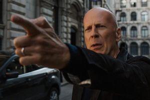 Gay cấn đến từng phút trong phim bom tấn 'Thần chết' của Bruce Willis