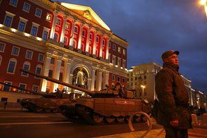 Dàn thiết giáp, UAV Nga đổ về Moscow diễn tập cho lễ diễu binh