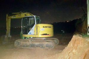 Phát hiện vụ san ủi đất lâm nghiệp giữa đêm khuya