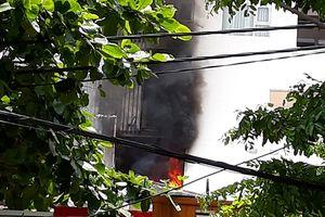Cháy ở chung cư cao cấp Fhome Đà Nẵng, xe cứu hỏa không tiếp cận được