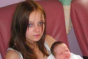 Cuộc sống sau 10 năm của bà mẹ nhí có con với anh trai ruột