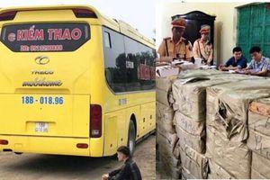 Nghệ An: CSGT bắt xe khách chở hơn 1 tấn pháo điện