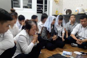 Nghệ An: Nữ sinh viên viết cam kết không tham gia 'Hội thánh'