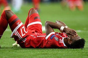 Cầu thủ Bayern ôm đầu thất vọng trước Real Madrid