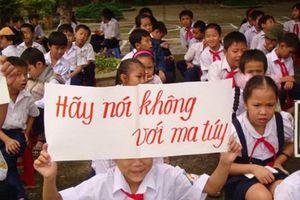 Ngăn chặn ma túy xâm nhập trường học
