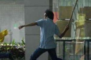Thuê côn đồ đánh hàng xóm nhập viện vì bị vu... 'ngoại tình'