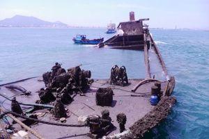 Trục vớt thành công 6/10 tàu gặp nạn trên vùng biển Quy Nhơn