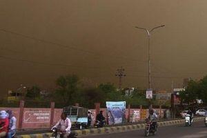 Ấn Độ: Bão bụi mù mịt càn quét, hơn 90 người thiệt mạng