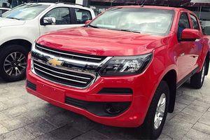 Chevrolet Colorado số tự động 1 cầu giá 651 triệu tại Việt Nam
