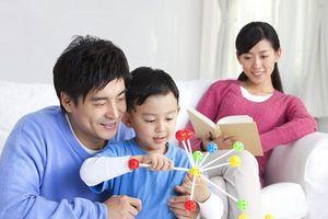Cách lấy lòng con riêng của chồng của bà mẹ kế trẻ tuổi 'độc nhất vô nhị'