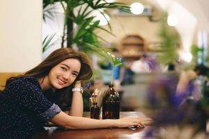 Nàng thơ Thái Lan gây xao xuyến với nụ cười có nắng