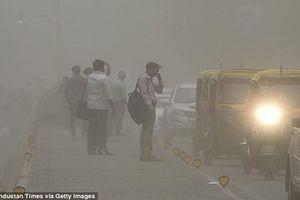 Cận cảnh bão cát càn quét Ấn Độ khiến 400 người thương vong