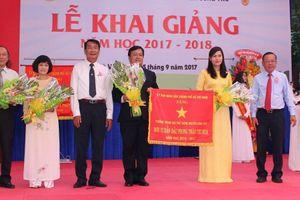 TP HCM: Thầy Huỳnh Trọng Phúc, người Thầy cầm tay, mở ra trí óc và chạm đến trái tim