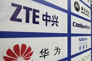 Bộ Quốc phòng Mỹ cấm cửa điện thoại Huawei và ZTE