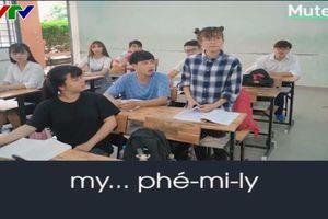 'Cười sặc mì tôm' với cách phát âm tiếng Anh của giới trẻ Việt
