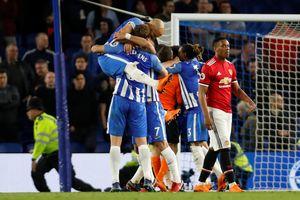 Lần đầu tiên sau gần 3 thập kỉ, M.U thua cả 3 đội tân binh Premier League