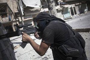 Các nhóm phiến quân được Mỹ hậu thuẫn đấu đá lẫn nhau ở Đông Syria