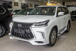 Chi tiết Lexus LX570 Super Sport giá gần 10 tỷ đồng tại VN