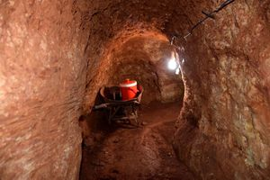 Phạt 510 triệu đồng nhóm đào hầm khai thác vàng trái phép