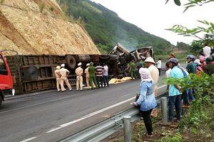 Hai container đâm nhau bốc cháy trên đèo Mang Yang, 3 người tử vong