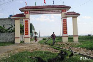 Chánh văn phòng NTM Hà Tĩnh lên tiếng vụ cổng làng xây trên mương nước, ruộng lúa