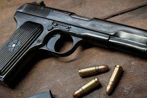 Vụ trung úy công an trộm súng bán lấy tiền trả nợ: Bắt nghi can mua súng