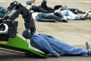 Quân đội Mỹ với tham vọng sản xuất robot tự hành ăn xác sinh vật