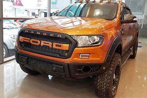 Ford Ranger độ phong cách Raptor giá 1,1 tỷ ở Sài Gòn