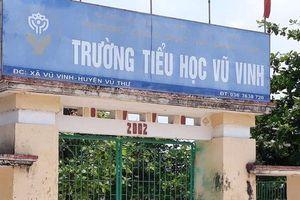 Thái Bình: Cô giáo đánh học sinh lớp 1 bầm tím tay