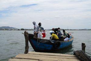 Bình Định: Người dân Cồn Chim đau đáu nỗi niềm đò ngang cách trở