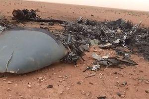 IS công bố ảnh tên lửa của Ka-52 vương vãi khắp nơi
