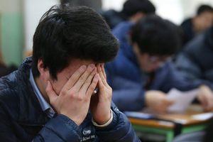 Gánh nặng tuổi học trò