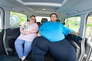 Chàng trai 230 kg không bắt nổi taxi vì tài xế sợ gãy giảm xóc