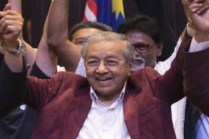 Chân dung Thủ tướng 92 tuổi của Malaysia, người từng 2 lần tuyên bố 'đoạn tuyệt' với quyền lực