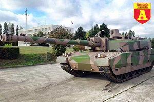 NATO bất ngờ lộ diện siêu tăng 'kẻ hủy diệt' với pháo 'khủng' có thể diệt xe tăng T-14 Armata Nga