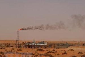 Giới chuyên gia không loại trừ khả năng giá dầu chạm mốc 100 USD/thùng