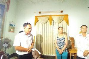 Chính quyền xin lỗi bé gái bị còng tay: Lời gia đình