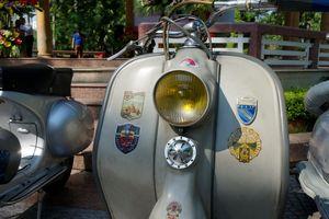 Cận cảnh chiếc xe máy cổ trị giá hơn 400 triệu đồng