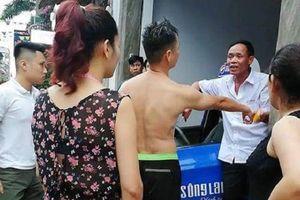 Dân hú vía vì tài xế taxi Sông Lam lạng lách trên đường phố