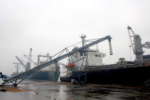 Đề nghị đổi tên thành cảng Vũng Áng Lào–Việt:Chấp thuận tăng vốn cho DN Lào