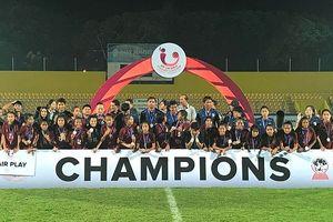 Đánh bại Lào trên chấm 11m, Việt Nam đoạt hạng ba