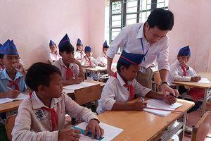 Cải cách chế độ tiền lương để giáo viên yên tâm giảng dạy