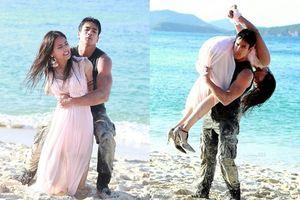 Mọt phim Thái phát sốt với cảnh Nadech Kugimiya xé váy, trói tay khống chế rồi ôm Yaya Urassaya 'lăn lộn' trên bãi cát