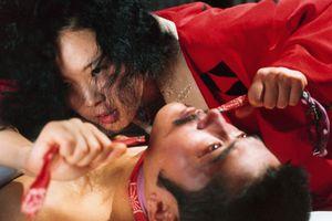 Thảm đỏ hở bạo và phim 18+ đã thành 'đặc sản' của LHP Cannes