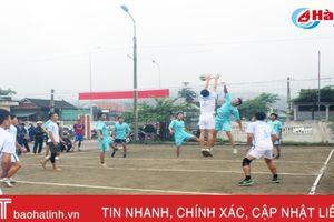 Những pha đập bóng như tuyển quốc gia của thanh niên Vũ Quang