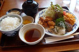 Những khác biệt nổi bật trong bữa ăn của người Mỹ và người Nhật