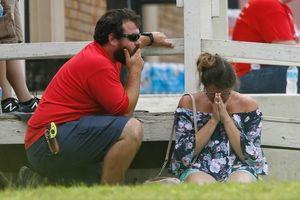 Xả súng tại trường học ở Texas, ít nhất 10 người chết