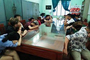 Đồng Nai: Bắt nhóm nam nữ cùng phê ma túy trong quán karaoke